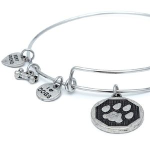 Jewelry - I love Dogs Bracelet with Dangles - Silver PAW